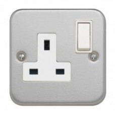 Single DP 13A Switched Socket + Backbox