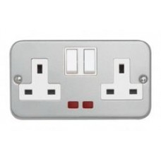 2 gang DP 13A Switched Socket with Neon + Backbox