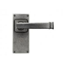Skelton- Door Knob on 'JESMOND' Short Latch Backplate