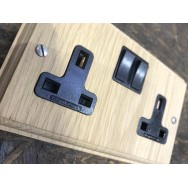 Vertical Grain Double 13A Switched Socket Natural Oak **Limited Availability**